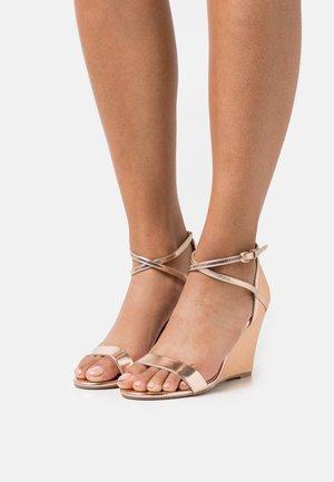 KAREN - Wedge sandals - gold