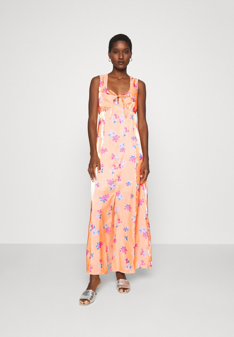 Who What Wear - TIE FRONT DRESS - Maxi dress - blossom orange