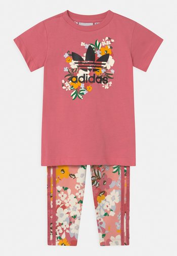 CREW SET HER LONDON ALL OVER PRINT ORIGINALS TRACKSUIT