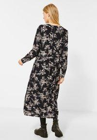 Street One - MIT BLUMEN - Day dress - schwarz - 1