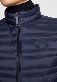 Armani Exchange - Vesta - navy