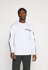 Armani Exchange - Long sleeved top - white - 0