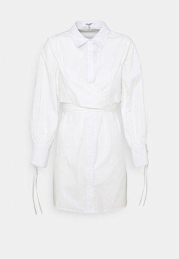 TIE WRAP DETAIL DRESS - Skjortekjole - white