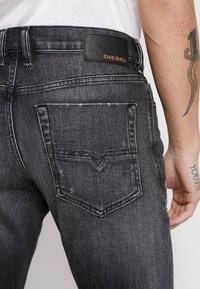 Diesel - TEPPHAR-X - Slim fit jeans - black denim - 5