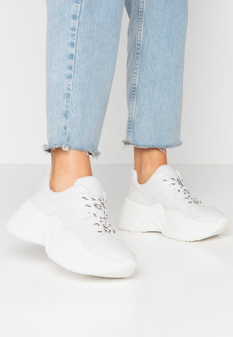 Tata Italia - Sneakers laag - white