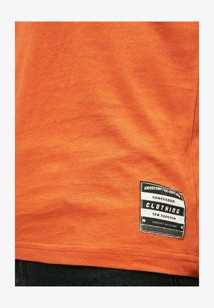 Linne - orange