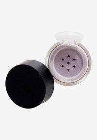 Gosh Copenhagen - Effect Powder - Eye shadow - 004 plummy - 1