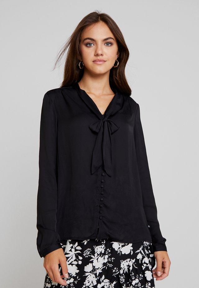 KATE - Skjorte - black