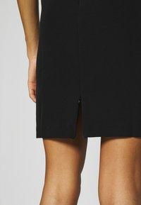 Guess - PATTI DRESS - Shift dress - jet black - 6