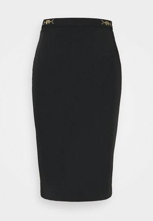 Pouzdrová sukně - nero