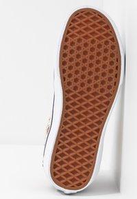 Vans - Sneakers high - true white - 6