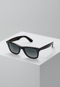 Ray-Ban - 0RB2140 ORIGINAL WAYFARER - Sunglasses - top grey on havana - 0