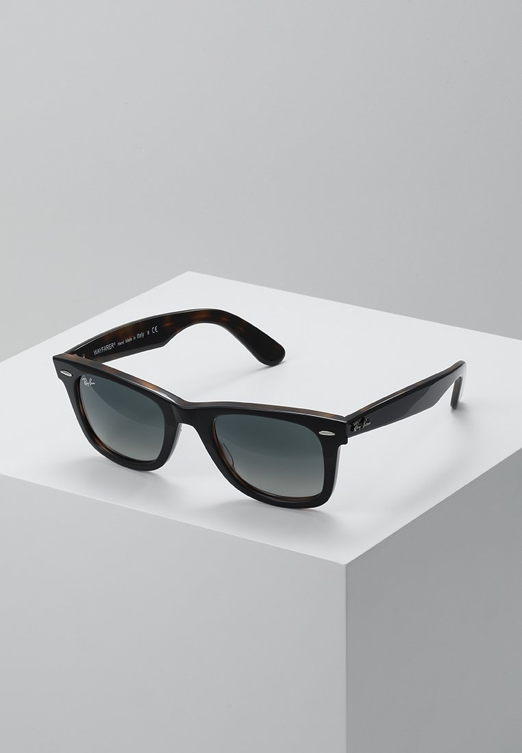 Ray-Ban - 0RB2140 ORIGINAL WAYFARER - Sunglasses - top grey on havana