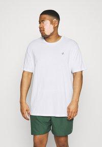 Jack & Jones - JORJXJ TEE CREW NECK 5 PACK - Basic T-shirt - white - 4