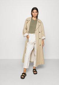 Topshop - ELLA MENSY - Relaxed fit jeans - ecru - 1