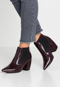 Bianco - BIACANDY TILT CHELSEA - Ankle boot - burgundy - 0