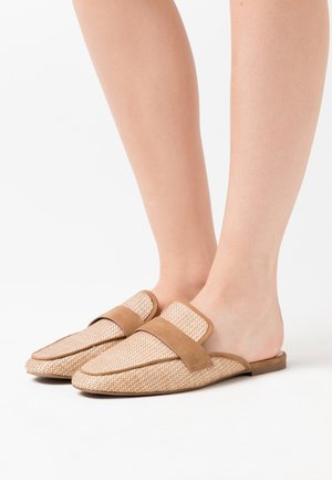 BETTY - Sandaler - beige