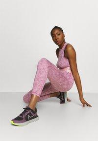 Nike Performance - CROP - Medias - sweet beet/pink glaze/white - 3
