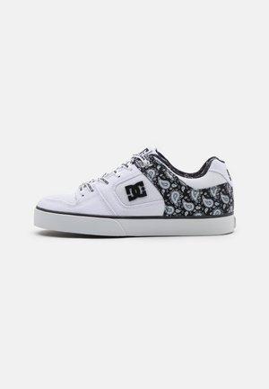 PURE SE - Scarpe skate - black/white
