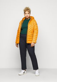 MICHAEL Michael Kors - ZIP FRONT PACKABLE WHOOD - Light jacket - marigold - 1