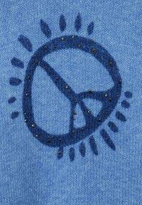 Cecil - MIT ARTWORK - Jumper - blau - 4