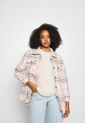 SUSTI JACKETS - Light jacket - prism pink