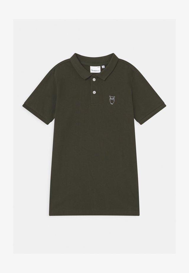 BASIL BASIC - Poloshirt - olive