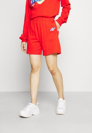 UNISEX PARENT SHORTS - Shorts - fiery red