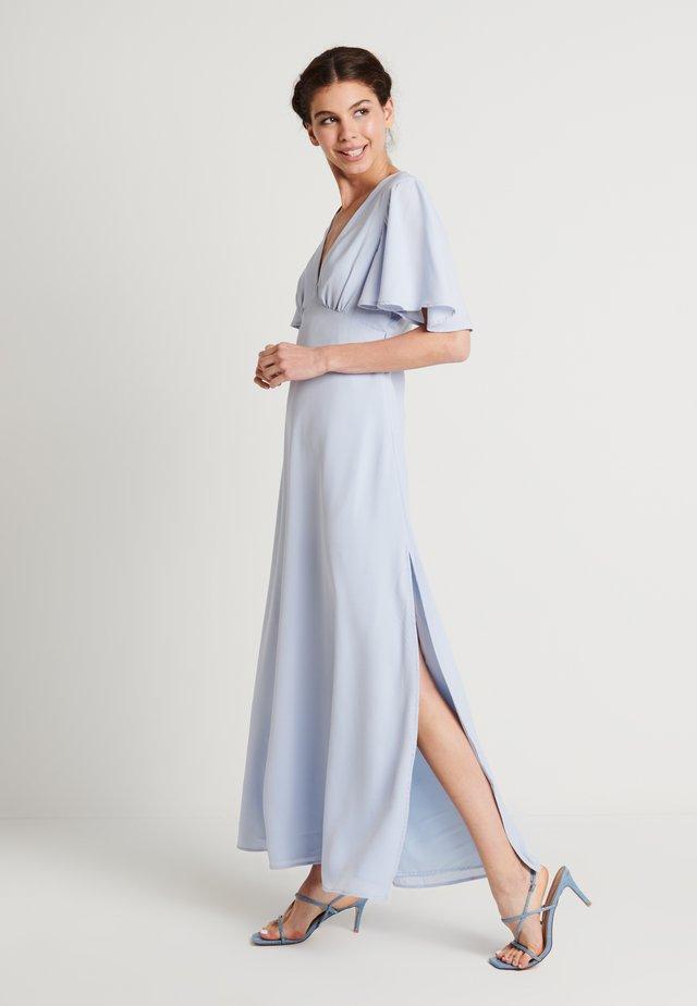 ZALANDO X NA-KD V NECK FLOWY DRESS - Galajurk - dusty blue