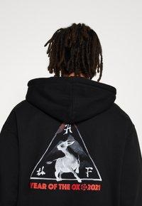 HUF - YEAR OF THE OX HOODIE - Sweatshirts - black - 4