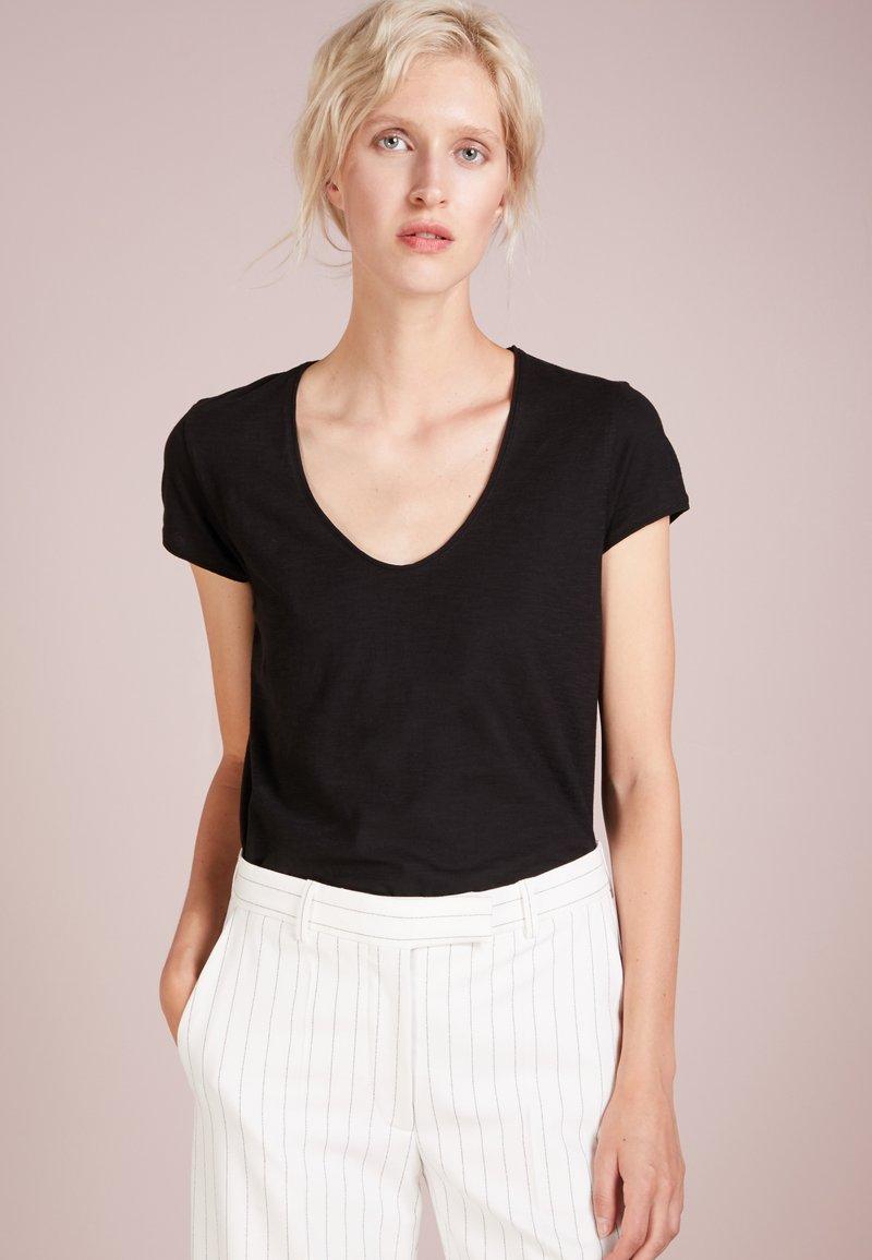 DRYKORN - AVIVI - Basic T-shirt - black