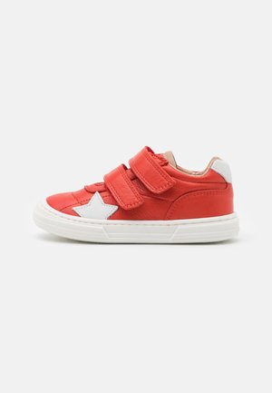 KAE UNISEX - Touch-strap shoes - red