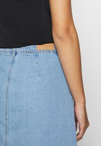 ONLY Petite - ONLFARRAH SKIRT 2 PACK - A-line skirt - light blue denim/black - 5