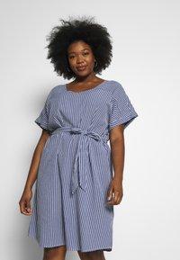 ONLY Carmakoma - CARISA LIFE STRIPE KNEE - Day dress - medium blue denim/cloud dancer - 0