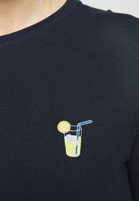 Selected Homme - SLHFRESNO  - Basic T-shirt - sky captain - 5