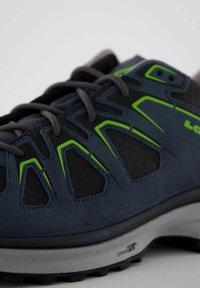 Lowa - INNOX EVO GTX - Hiking shoes - blau - 5