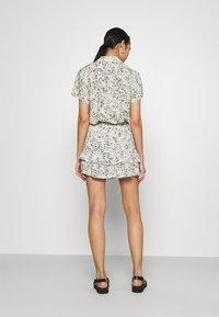 JDY - A-line skirt - tapioca/black - 2