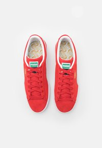 Puma - SUEDE CLASSIC - Trainers - high risk red/white - 3