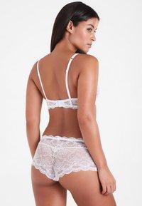 LASCANA - LS PRETTY  - Kaarituelliset rintaliivit - white - 2