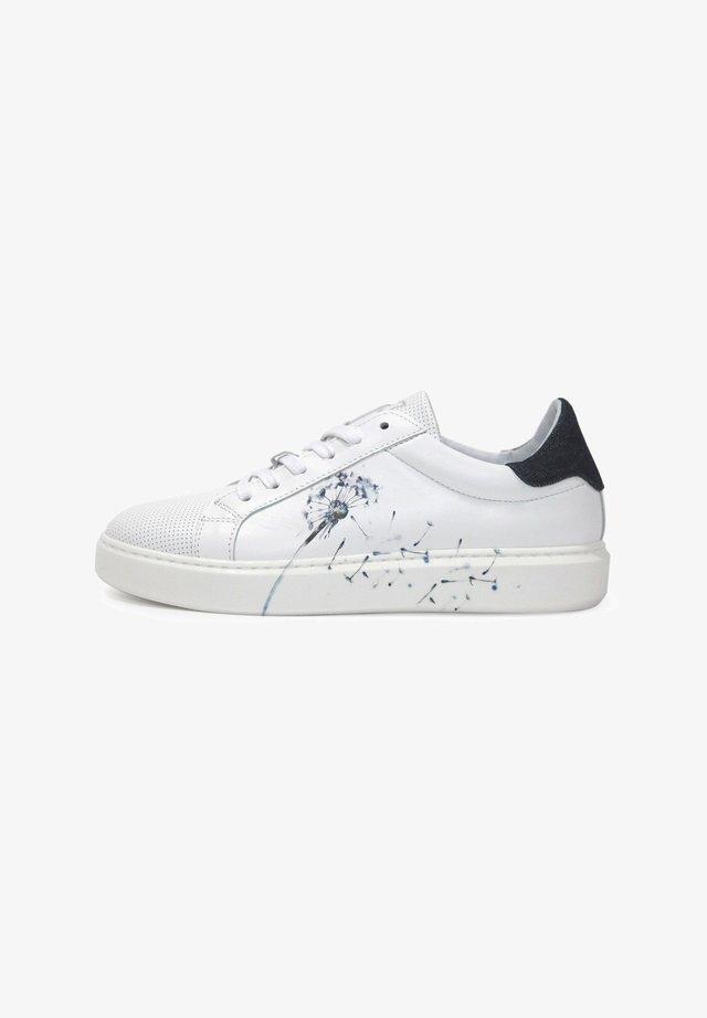 FOX-POPPY - Trainers - white