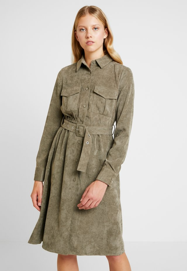 ONLELLY DRESS - Vestido camisero - kalamata