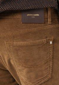 Pierre Cardin - Trousers - hellbraun - 6