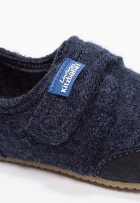 Living Kitzbühel - UNISEX - Domácí obuv - blau - 5