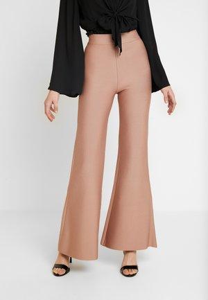 SYLVIA PANT - Trousers - tan