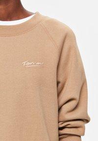 Selected Femme - Sweatshirt - tigers eye - 4
