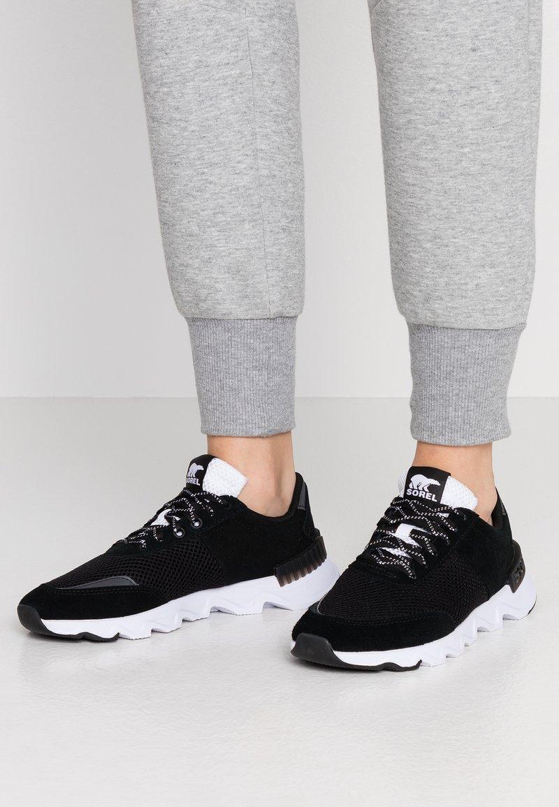 Sorel - KINETIC LITE LACE - Sneakers laag - black