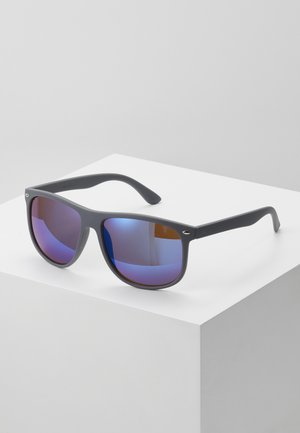 JACMAVERICK SUNGLASSES - Occhiali da sole - grey/blue