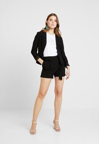 ONLY - ONYTINI PAPERBAG - Shorts - black - 1