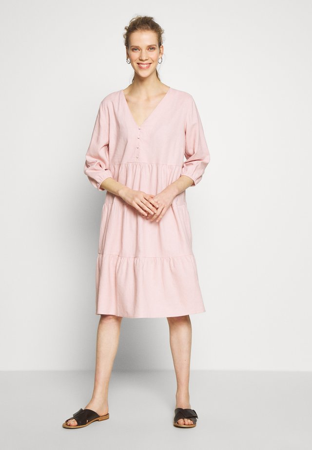 ESTACR DRESS - Shirt dress - cameo rose