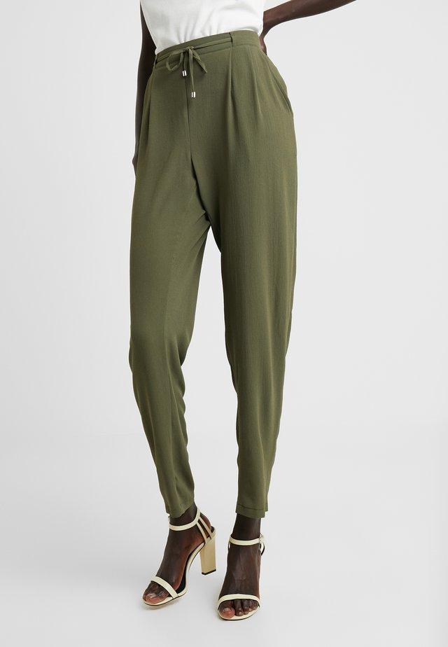 UTILITY TROUSER - Spodnie materiałowe - khaki